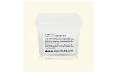 Love Balsamo capelli mossi o ricci Davines 250ml