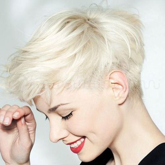 capelli biondo chiaro